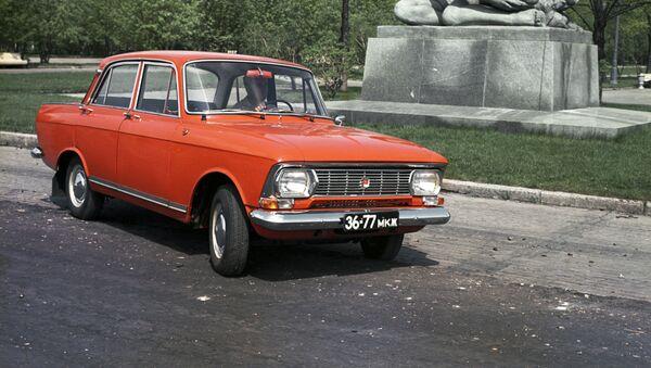Советский легковой автомобиль малого класса Москвич-412. - Sputnik Азербайджан