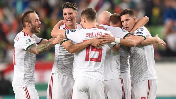 Футболисты сборной Венгрии - Sputnik Азербайджан