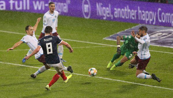 Игровой момент матча Шотландия - Сан-Марино - Sputnik Азербайджан