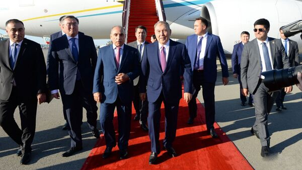Первый президент Казахстана Нурсултан Назарбаев прибыл в Азербайджан - Sputnik Азербайджан