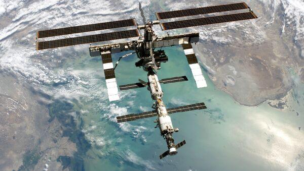 Космическая станция над Каспием - Sputnik Азербайджан