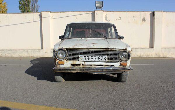 Угнанный ВАЗ-21011 - Sputnik Азербайджан