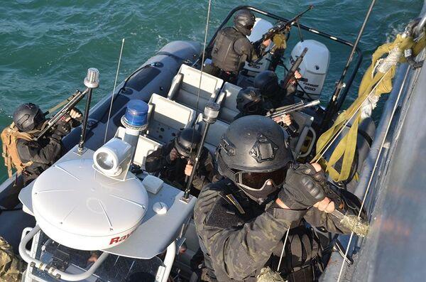 Тактические учения Военно-морских сил Азербайджана - Sputnik Азербайджан