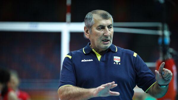 Вице-президент Федерации волейбола Фаик Гараев - Sputnik Азербайджан
