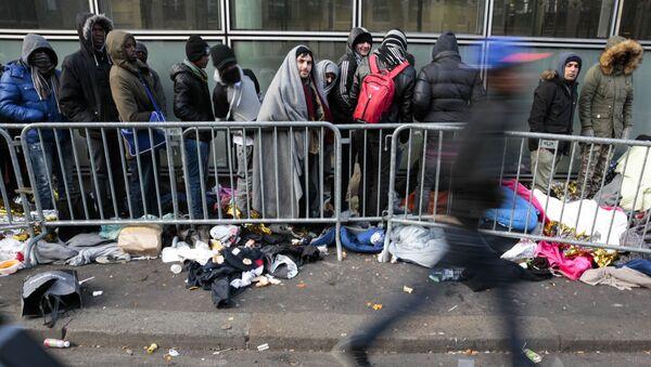 Мигранты во Франции, фото из архива - Sputnik Азербайджан