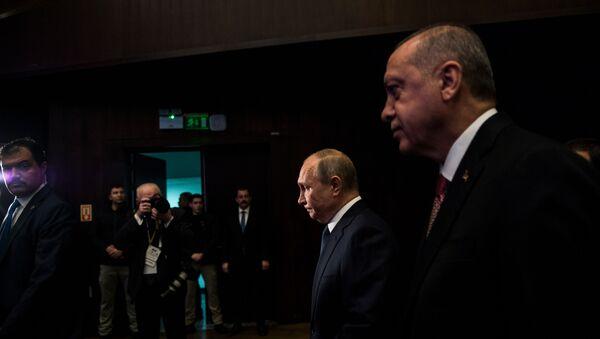 Президенты России и Турции Владимир Путин и Реджеп Тайип  - Sputnik Азербайджан