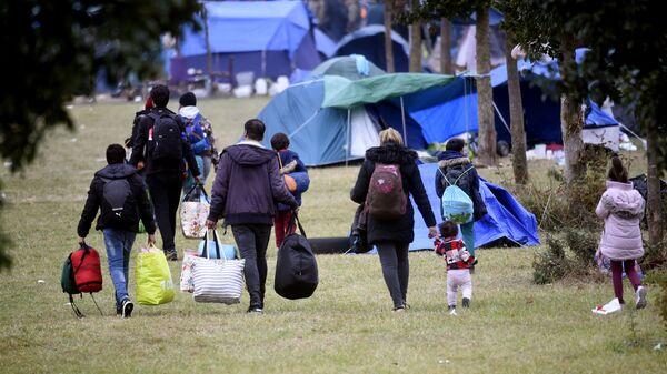 Лагерь мигрантов в Европе, фото из архива - Sputnik Азербайджан