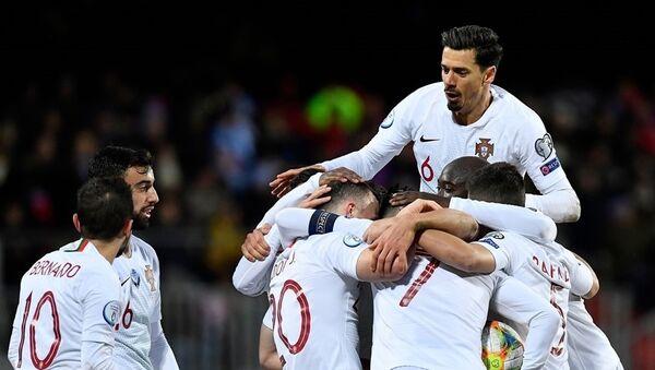 Футболисты сборной Португалии - Sputnik Азербайджан