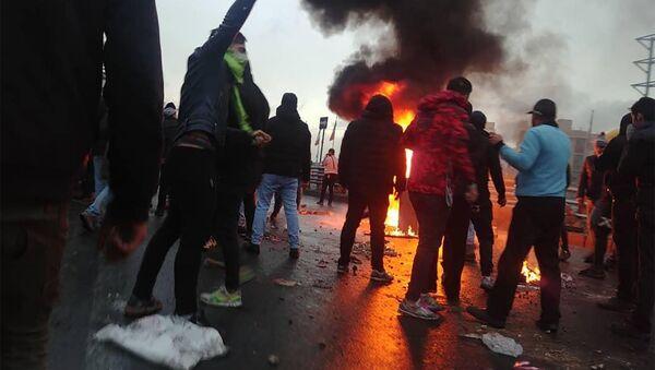 Акция протеста в Тегеране - Sputnik Azərbaycan