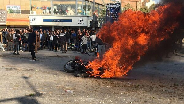 Протесты в Иране - Sputnik Азербайджан