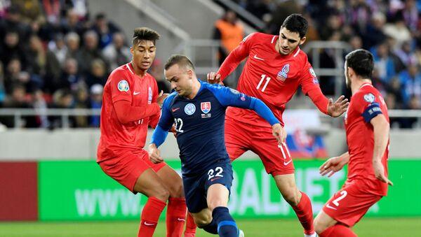 Матч отборочного тура ЕВРО-2020 между сборными Словакии и Азербайджана - Sputnik Азербайджан
