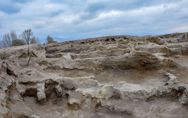 Древнее поселение Гейтепе в Товузском районе - Sputnik Азербайджан