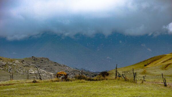 Туман в селе Чайкенд, фото из архива - Sputnik Азербайджан