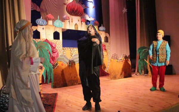 В Центре культуры имени Гурбана Аббасова состоялось открытие кукольного театра Kilimarası - Sputnik Азербайджан