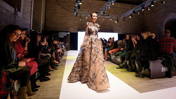Десятый сезон Azerbaijan Fashion Week - Sputnik Азербайджан