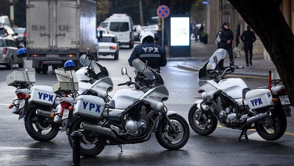 Сотрудник дорожной полиции - Sputnik Азербайджан
