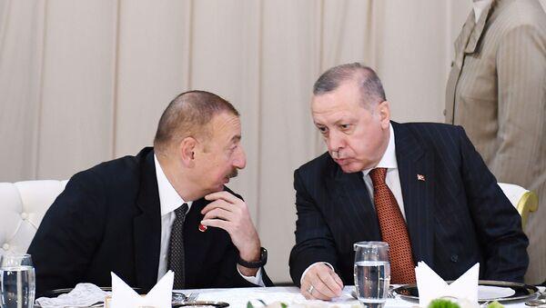Президенты Азербайджана и Турции Ильхам Алиев и Реджеп Тайип Эрдоган, фото из архива - Sputnik Азербайджан
