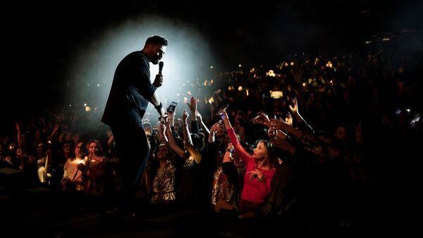 Концерт российского певца Алексея Чумакова  во Дворце Гейдара Алиева в Баку - Sputnik Азербайджан