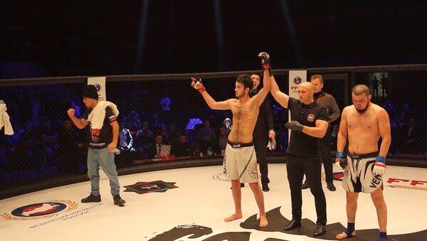 Azərbaycan döyüşçüləri üçün bir qələbə, bir məğlubiyyət – Moskvada MMA turniri  - Sputnik Azərbaycan