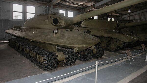 Объект 279 в музее бронетанковой техники в Кубинке - Sputnik Азербайджан