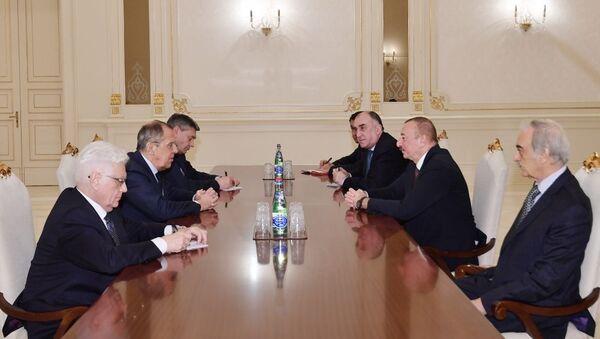 Президент Азербайджанской Республики Ильхам Алиев принял министра иностранных дел Российской Федерации Сергея Лаврова - Sputnik Azərbaycan