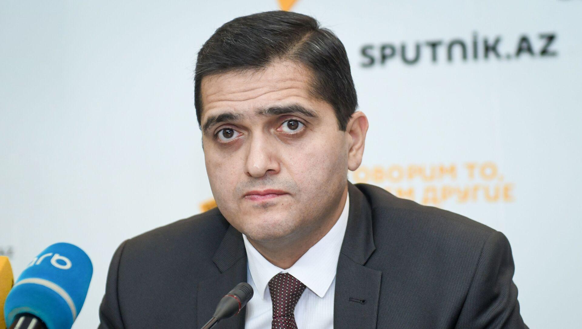 Руководитель аналитического агентства Атлас Эльхан Шахиноглу  - Sputnik Азербайджан, 1920, 21.09.2021