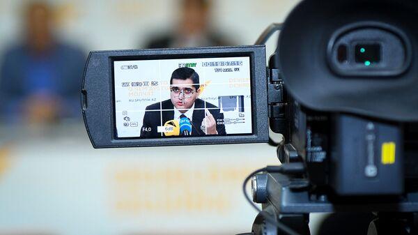Руководитель аналитического агентства Атлас Эльхан Шахиноглу - Sputnik Azərbaycan