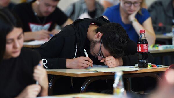 Экзамен, фото из архива - Sputnik Azərbaycan