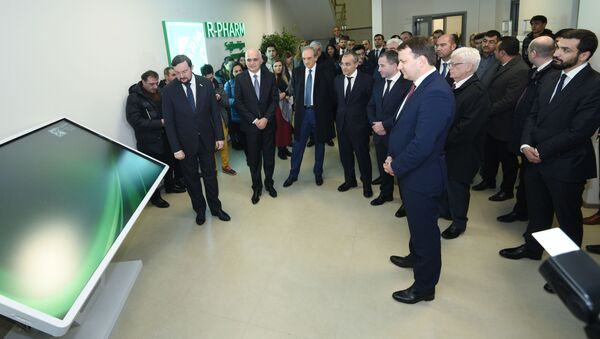 На территории Пираллахинского промышленного парка введено в эксплуатацию азербайджано-российское совместное предприятие по производству лекарств R-Pharm - Sputnik Азербайджан