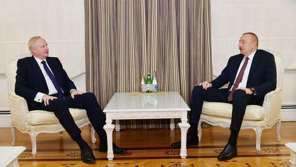 Prezident İlham Əliyev BP qrupunun baş icraçı direktoru Robert Dadlini qəbul edib - Sputnik Азербайджан