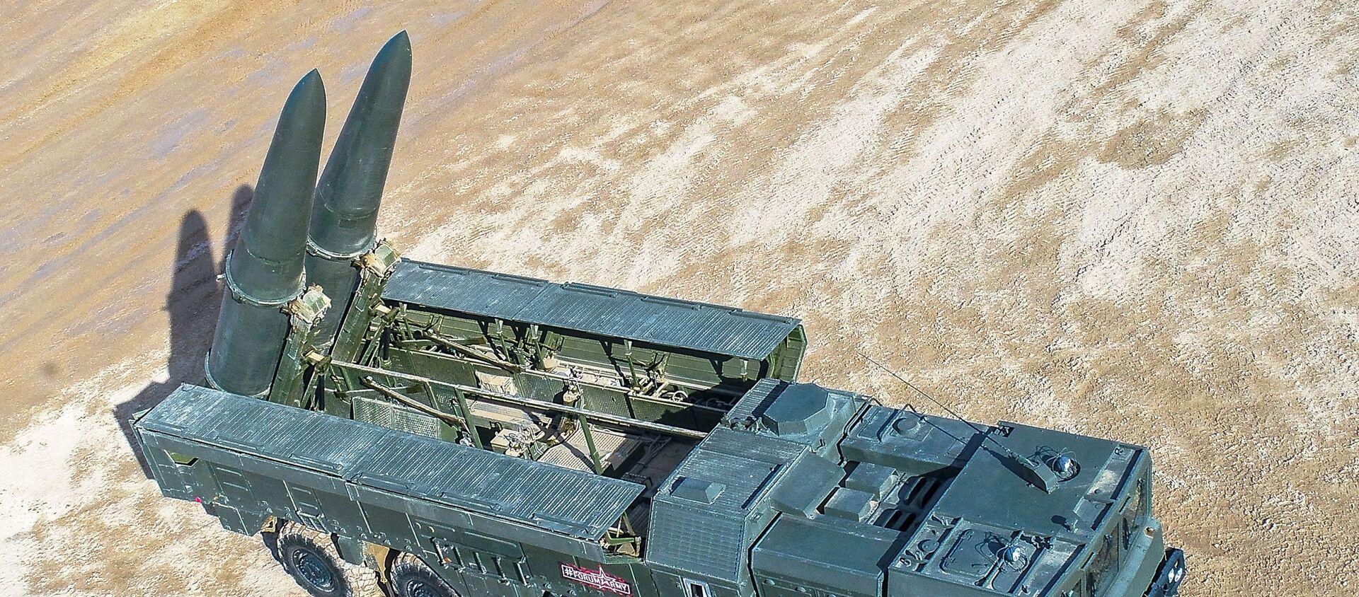 Самоходная пусковая установка 9П78-1 Искандер-М  - Sputnik Азербайджан, 1920, 07.04.2021