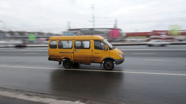 Маршрутное такси, фото из архива - Sputnik Азербайджан