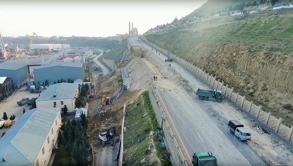 Paytaxtın giriş yolunda təmir-bərpa işləri - Sputnik Азербайджан