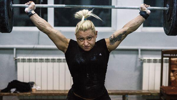 Азербайджанская и болгарская тяжелоатлетка Боянка Костова, фото из архива - Sputnik Азербайджан