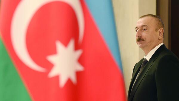 Prezident İlham Əliyev bələdiyyə seçkilərində səs verib - Sputnik Азербайджан