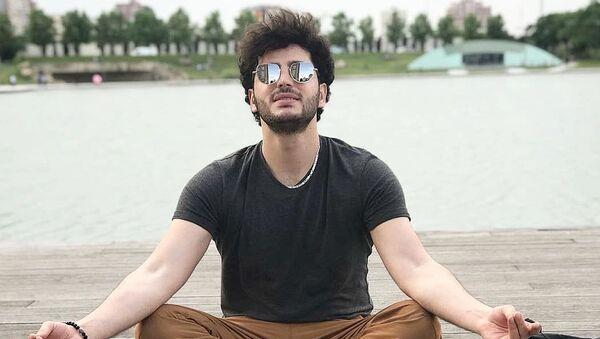 Азербайджанский актер Ульви Гасани - Sputnik Азербайджан