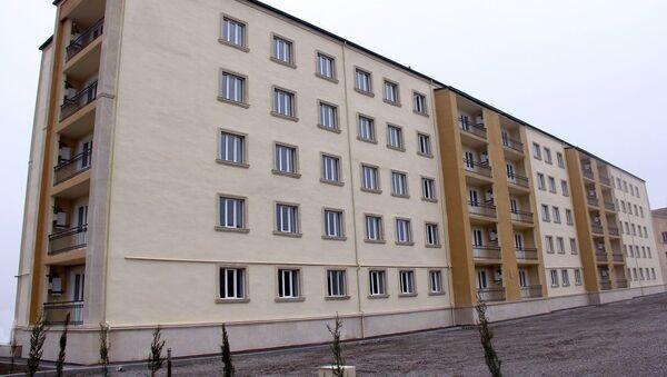 В воинской части Военно-воздушных сил сдано в пользование очередное жилое здание - Sputnik Азербайджан