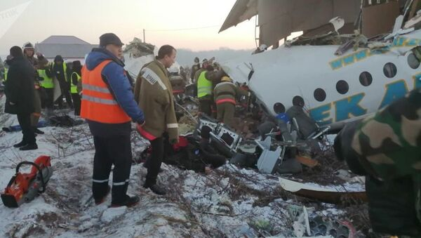 Крушение самолета авиакомпании Бек Эйр в Казахстане - Sputnik Азербайджан