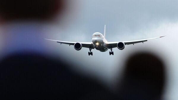 Пассажирский самолет Boeing B787 Dreamliner, фото из архива - Sputnik Азербайджан