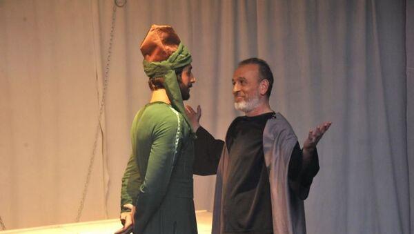 В Азербайджанском государственном театре «Йуг» состоялась премьера спектакля Mənəm, mən... (Я есть я),  - Sputnik Азербайджан