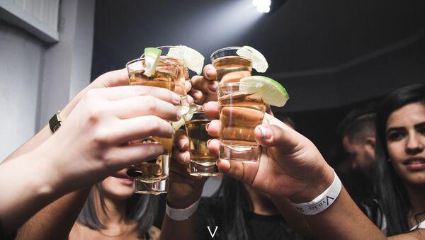 Спиртные напитки, фото из архива - Sputnik Азербайджан