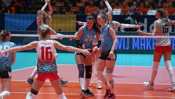 Женская сборная Азербайджана по волейболу на турнире в Апельдорне (Нидерланды) - Sputnik Азербайджан