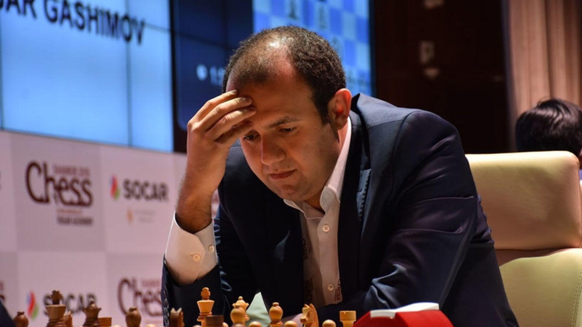 Азербайджанский гроссмейстер Рауф Мамедов, фото из архива - Sputnik Азербайджан, 1920, 04.09.2021