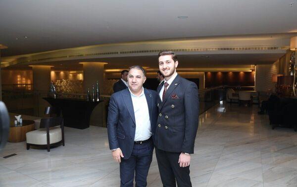 Презентация первого клипа сына покойного народного артиста Азербайджана Агахана Абдуллаева Хикмет Абдуллаева - Sputnik Азербайджан