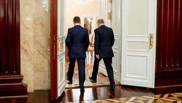 Президент РФ Владимир Путин и председатель правительства РФ Дмитрий Медведев, фото из архива - Sputnik Азербайджан