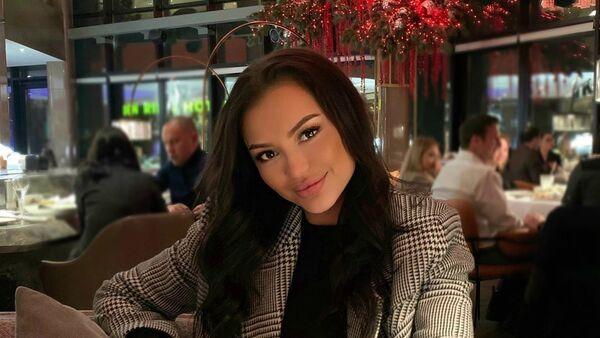 Российская модель и победительница конкурса красоты «Мисс Москва-2019» Владлена Богомолова - Sputnik Азербайджан