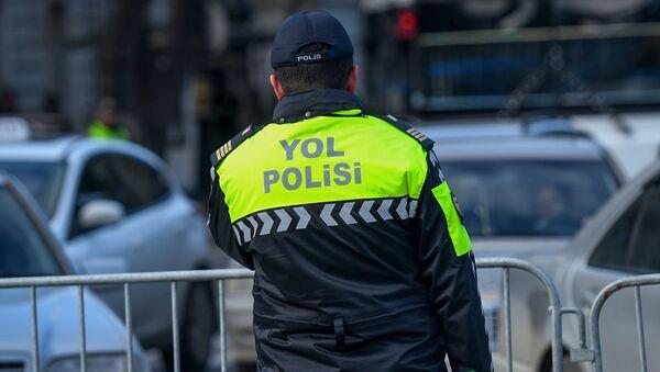 Сотрудник дорожной полици, фото из архива  - Sputnik Азербайджан