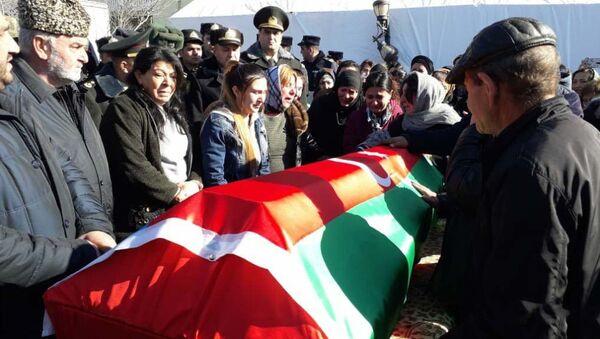 Перезахоронение останков шехида Ибрагимова - Sputnik Азербайджан