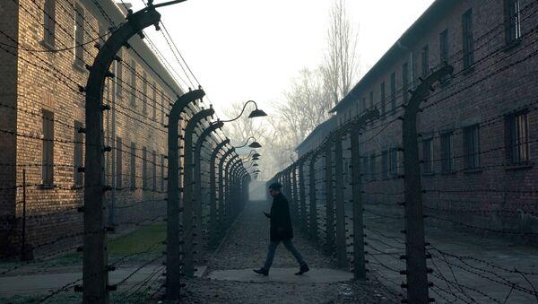 Концентрационный лагерь в Освенциме, Польша - Sputnik Азербайджан
