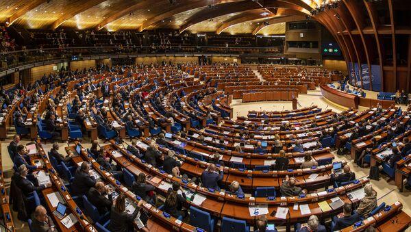 Заседание зимней сессии Парламентской ассамблеи Совета Европы (ПАСЕ) во французском Страсбурге, 27 января 2020 - Sputnik Азербайджан